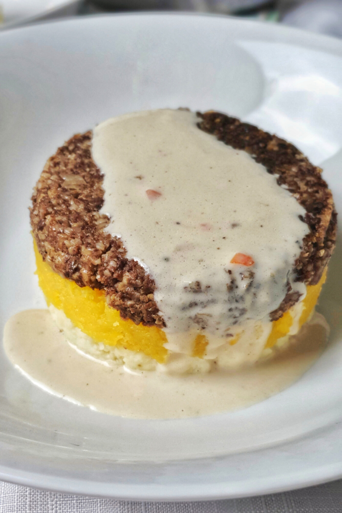 whisky sauce without cream poured over haggis